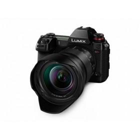 Panasonic Lumix S1R + 24-105mm
